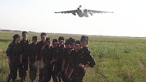 战斗机超低空飞行只为耍帅?正规战术训练科目 危险系数极高!