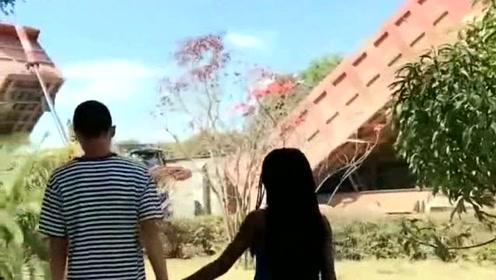 中国小哥非洲娶妻,夫妻二人午后浪漫散步,你们太幸福了吧!