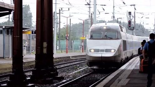 火车连接,近距离实拍是如何操作的,长见识了