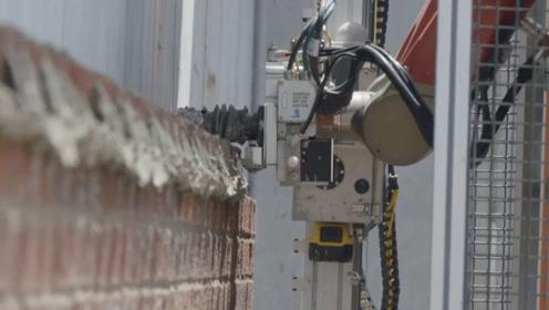 国外发明砌砖机器人,机器代替人工,24小时工作,1小时砌380块砖