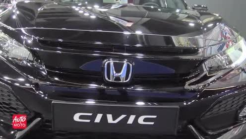 一起来看一下车展上的2019 款Honda Civic