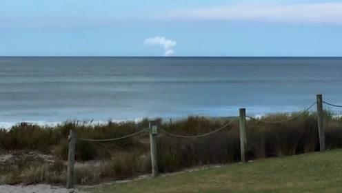 新西兰怀特岛火山爆发 至少20人受伤
