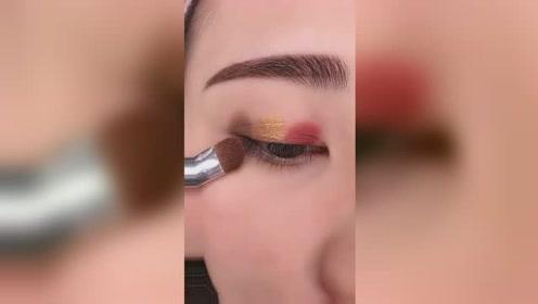 枯萎玫瑰眼妆