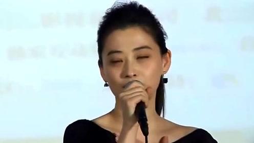 朱时茂春晚大变活人,变出来的那个小女孩,如今已经成了巨星