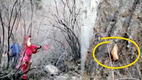 女驴友失足坠崖身亡,救援队用无人机找到遗体