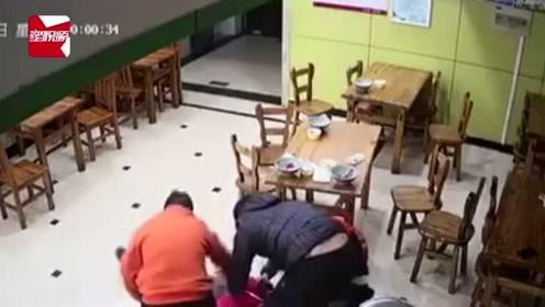 顾客餐厅内突然倒地四肢抽搐,服务员徒手施救5分钟救回