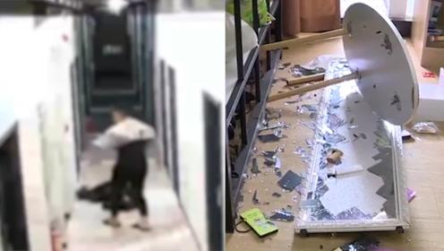 深圳家暴男已道歉 获得谅解后行拘5天 别让《反家暴法》成为摆设