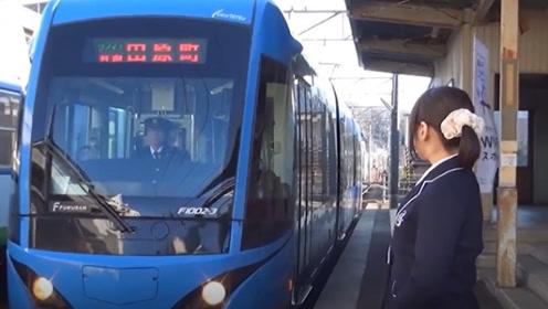 全球最尊贵的乘客,火车运行3年,只为接送她一人!