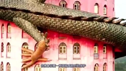 泰国寺庙亮瞎眼,网友纷纷拒绝接受:这绝不是中国人建的!