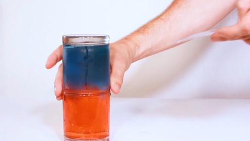 冷水和热水能否相融?老外实验,结果分层明显,这是什么原理呢