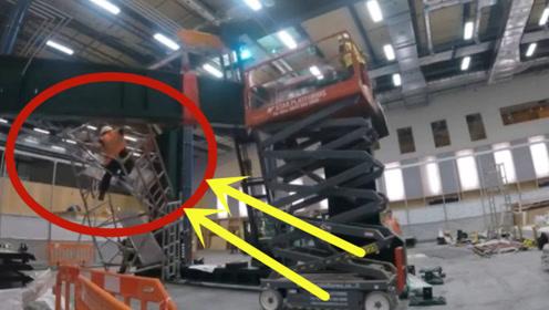 鬼门关里走了一回!吊装发生意外,千斤钢梁连带工人砸向地面!