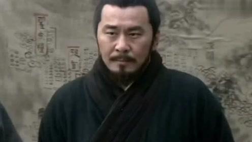 为了给刘备涨势气二弟关羽请求战华雄,被众诸侯瞧不起称小小弓手