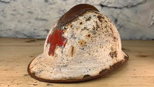 小哥跳蚤市场买了个100年前的头盔,翻新后太惊艳,转手卖了30万!