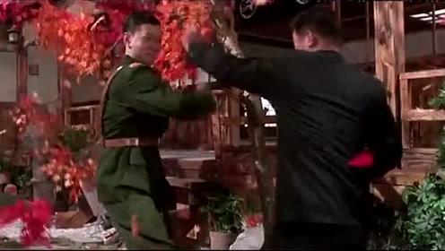 李连杰与世界拳王的武打对决,格斗时间长格斗风格彪悍凶狠