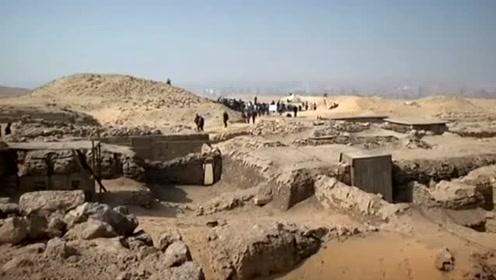 埃及发现4400年前女祭司墓穴 墓中壁画仍色彩鲜艳堪称奇迹