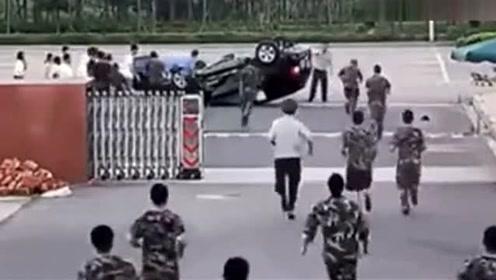 实拍车祸现场凭空多出一个死者 交警都惊呆了