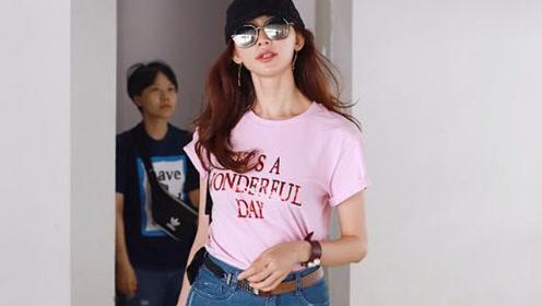林志玲现身机场 少女装也掩盖不了水桶腰