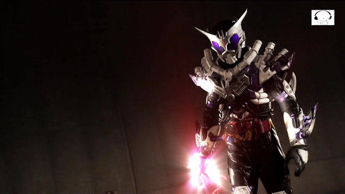 假面骑士build:狂霸最后一战,为了保护老实人与纱羽而死