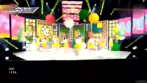 宇宙少女《HAPPY》打歌舞台混剪,还是中国妹子程潇最美!