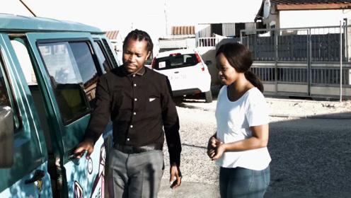 南非街头的情绪救护车
