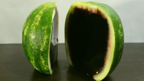 牛人用可乐做西瓜果冻,制作过程太简单了,一起来见识下