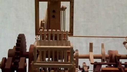 科技探索:木制机械据说包含了很多机械原理,简直是厉害的发明!