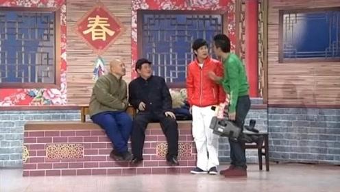 经典小品:小沈阳喊大长脸,赵本山一脸懵,网友:一代更比一代长!
