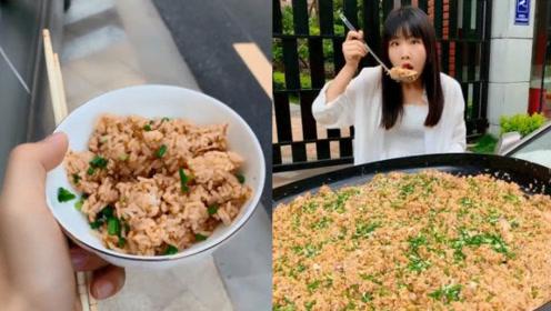 正常人吃饭一般是用碗吃的,然而姐姐呢?这下搞笑了!