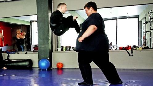 胖子和瘦子的对决,最终会是什么样的局面?结果出乎意料