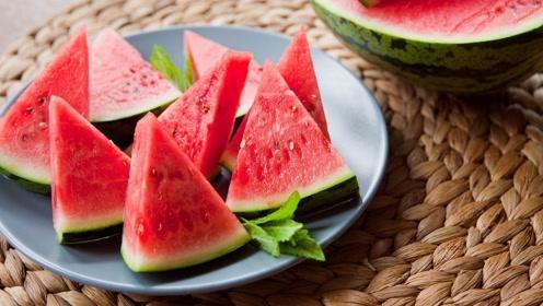 如果在夏天的时候大量食用生冷的食物,会对身体造成伤害吗?