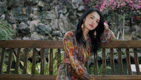 姚晨气质果真一绝,印花民族风连衣裙优雅大气又减龄,不像40岁