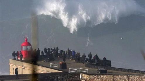 够刺激,葡萄牙30米高的滔天巨浪,50岁冲浪勇士冒险挑战