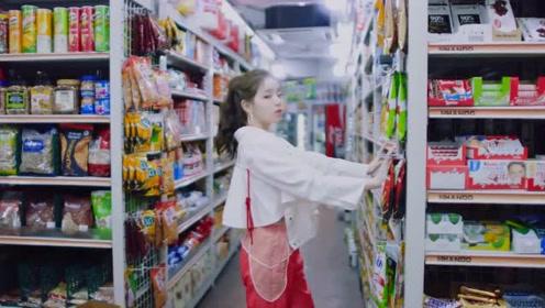 在韩国霸屏了的99年宝藏女孩,颜值高唱歌好穿搭功力还那么棒