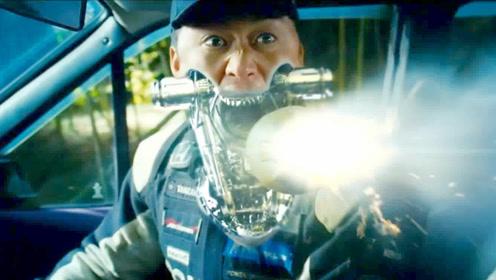 机器侠:吴京出演战斗机器人,一发炮弹打过来,直接吃进了嘴里!
