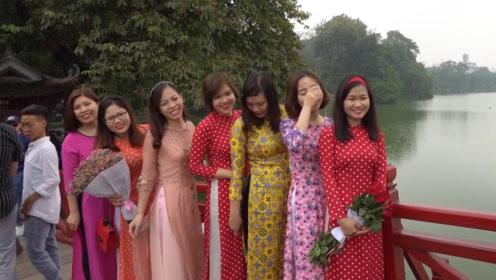 中国小伙在越南娶9个老婆,个个美若天仙,直言:有点吃不消!