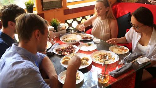 为什么喜爱中国菜的美国人,在当地只能每月吃一次?看完恍然大悟