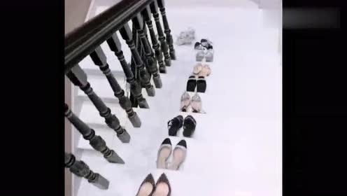 真的没有鞋穿,下楼梯看得我眼花缭乱,网友:这才是有钱人