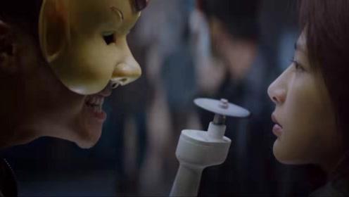 杨紫在《沉默的证人》中饰演打女,超A的!
