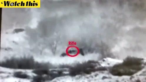 """以色列军方公布录像 称巴勒斯坦武装人员试图""""渗透"""""""