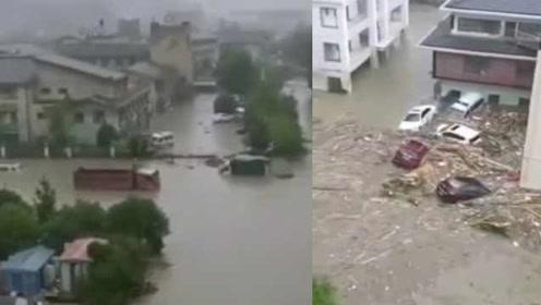 直击汶川暴雨重灾区:水磨镇多栋房屋被淹,积水淹没车顶