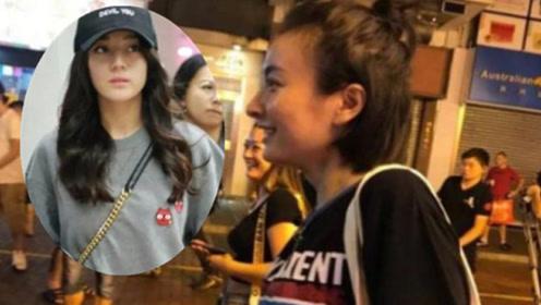迪丽热巴和吴昕素颜逛街 而她却被网友说不如路人美