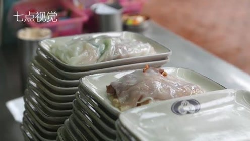 广州小妹卖肠粉,5块钱一份,顾客每天络绎不绝