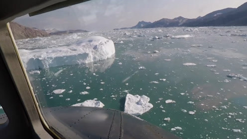 目睹冰川消逝!NASA科学家飞越格陵兰岛追踪冰川融化