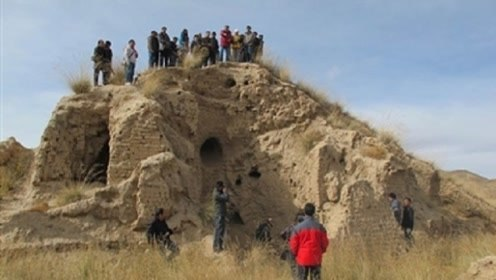 """考古专家发现""""九层妖塔"""",只挖了两层,剩下七层不敢再挖了!"""