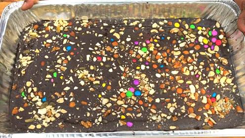 农村大叔制作巧克力饼干,刚端出来就被疯抢