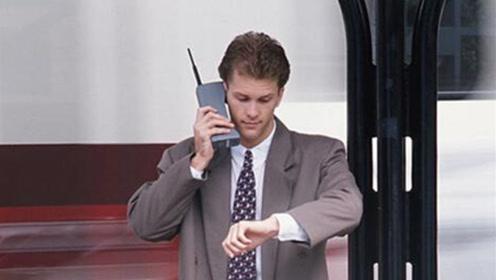 曾经发明手机的摩托罗拉,手机界的一代霸主,是如何走向没落的?