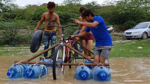 男子给自行车装上塑料桶,还能在水里骑,网友:就是有点费力!