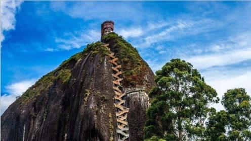 2000多米高的巨石被拉链锁住 吸引无数游客蜂拥而至