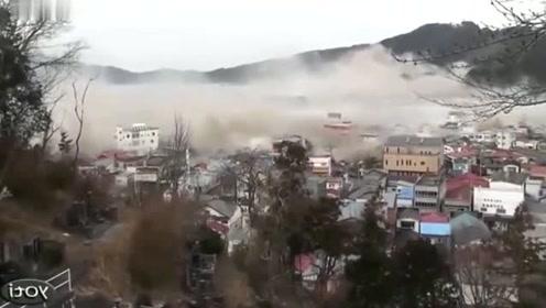 灾难面前什么都是浮云,可怕的自然灾害!