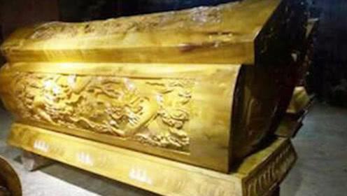 山西古寺出土一口金棺,里面放了啥东西,为何至今无法打开!